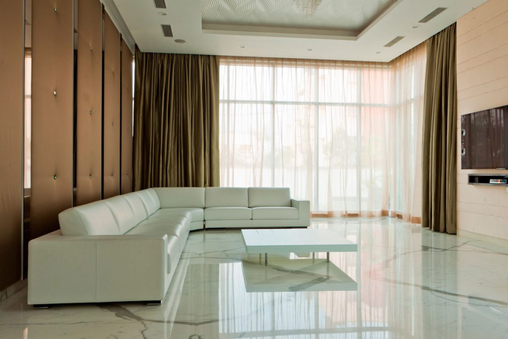 Lama stile classico soggiorno